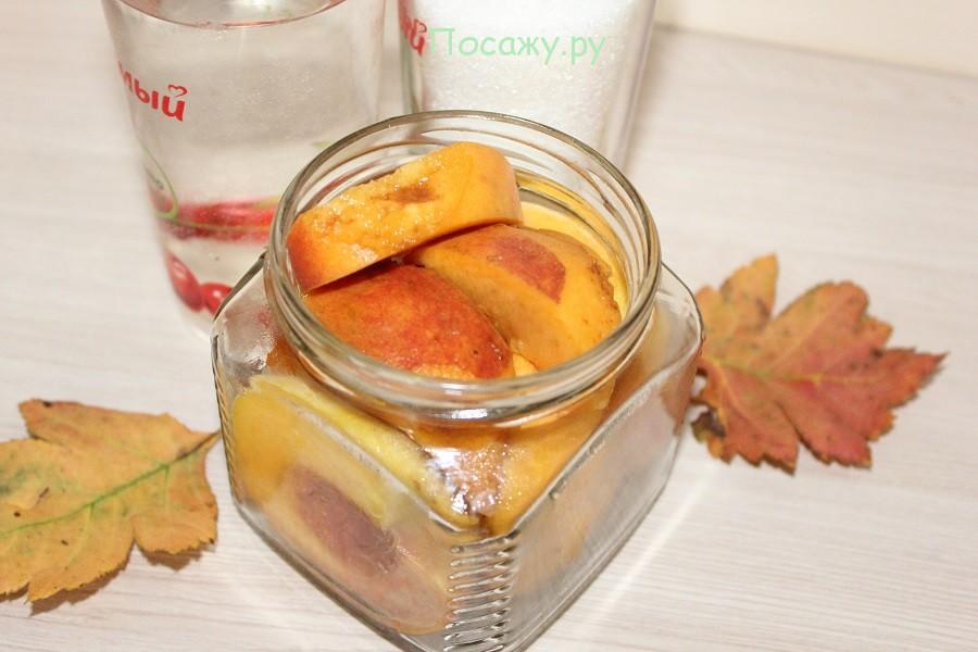 персики в банке
